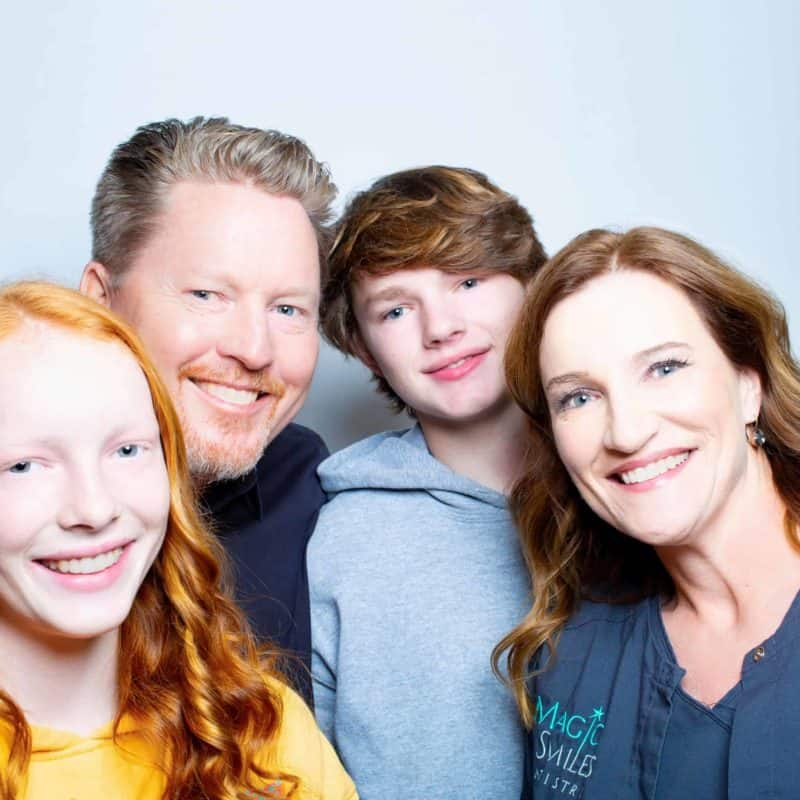 magic smiles dentistry family final 1 800x800 - Love... Amongst the Acrylic Fumes